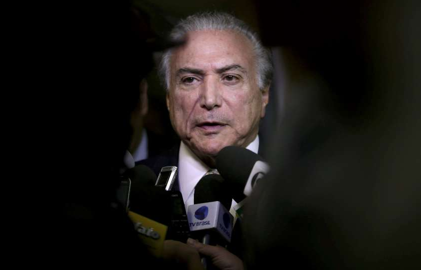 Após fala de Dilma, Planalto divulga nota e nega que vai tirar direitos sociais