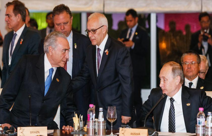 Brasil firma atos para estreitar colaboração entre países do Brics