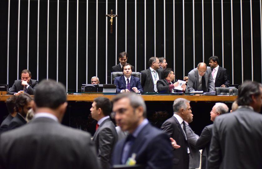 Câmara aprova PEC do Teto dos Gastos Públicos em 2º turno