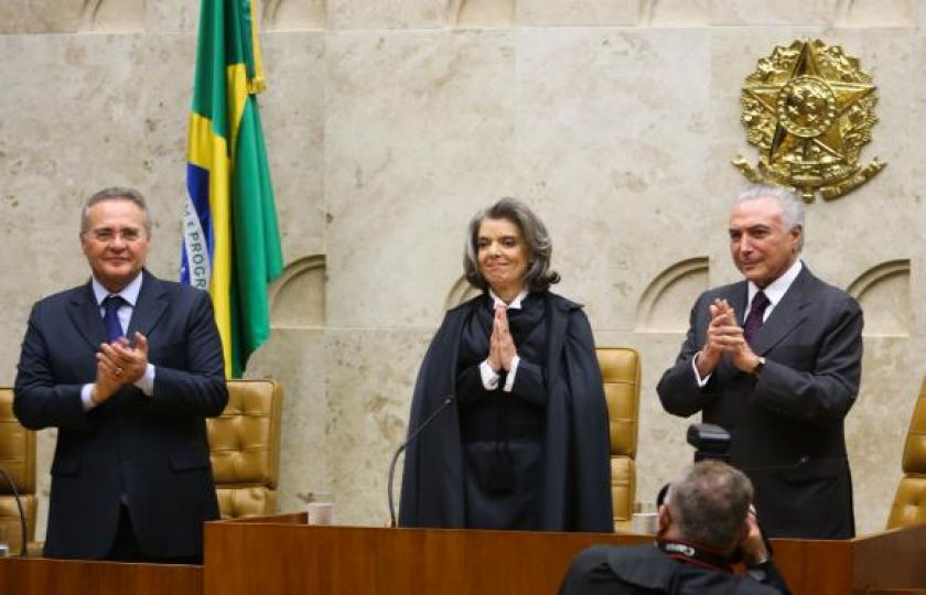 Cármen Lúcia assume presidência do Supremo Tribunal Federal