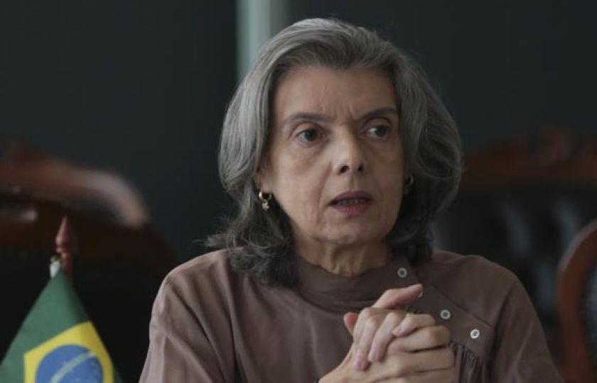 Cármen Lúcia autoriza auxiliares de Teori a retomarem homologações da Odebrecht