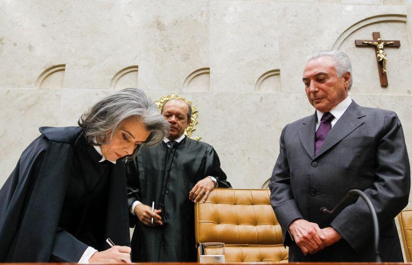 Cidadão não está satisfeito hoje com poder Judiciário, diz Cármen Lúcia