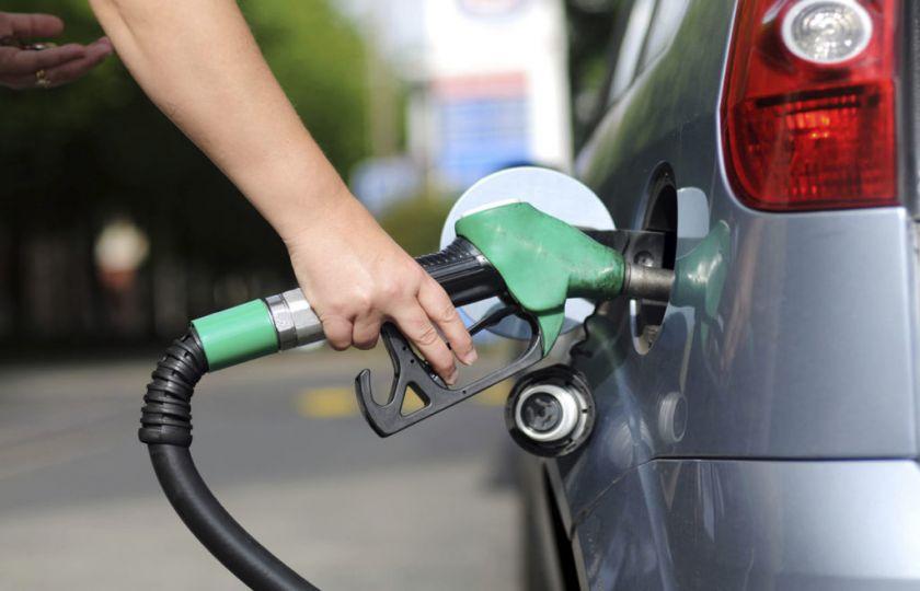 Com combustível mais caro, mercado volta a elevar previsão para inflação de 2017