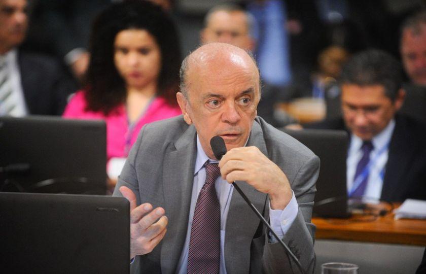 Comissão analisa projetos que beneficiam estados e municípios
