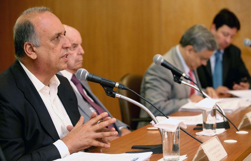 Comissão externa sobre crise no Rio reúne-se hoje com governador do estado