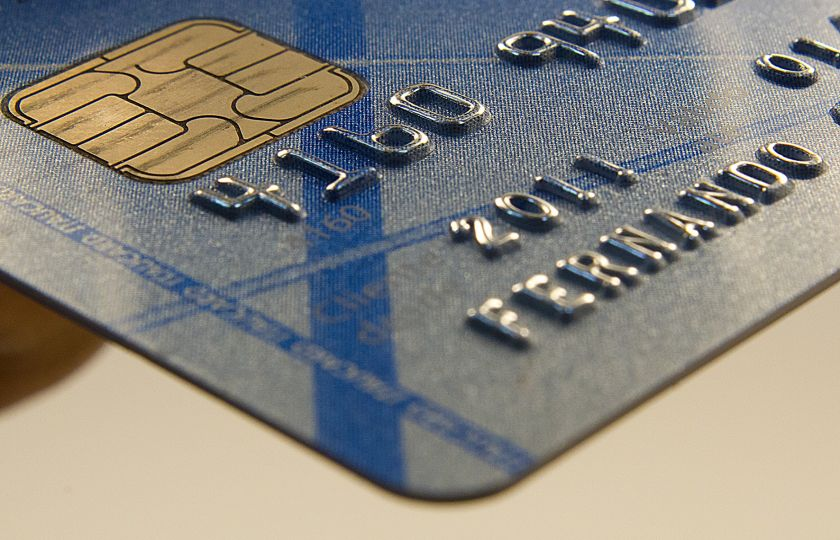 Conselho limita em um mês utilização do rotativo de cartão de crédito
