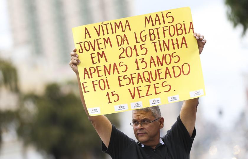 Cresce violência contra pessoas LGBT; a cada 25 horas, uma é assassinada no país