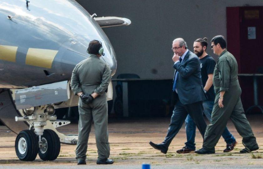 """Cunha chama decisão de prendê-lo de """"absurda"""""""