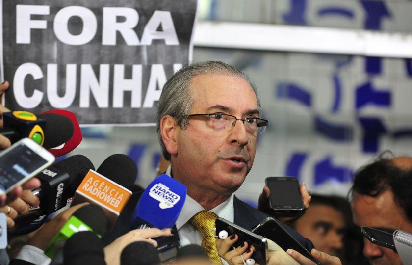 Deputado cassado Eduardo Cunha responsabiliza governo por perda de mandato