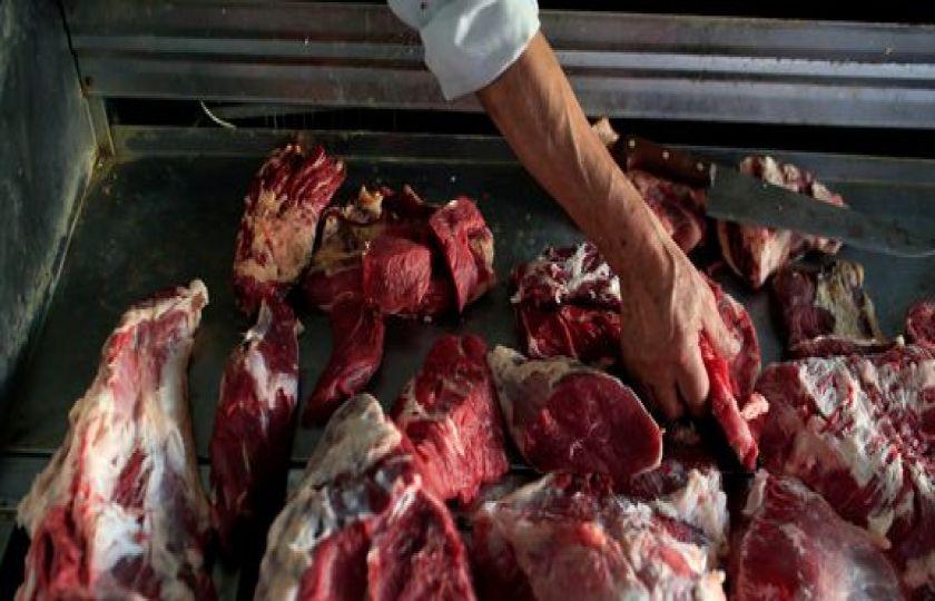 Exportação de carne para os EUA pode ser retomada em até 60 dias, diz ministro