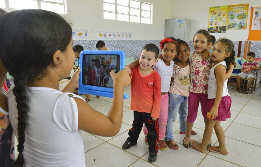 Fundação Telefônica Vivo e Qualcomm entregam conectividade para alunos da primeira escola rural 100% digital do Nordeste