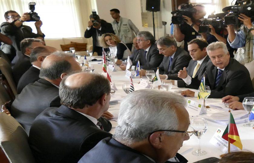 Governadores vão a Brasília em busca de saída para crise fiscal