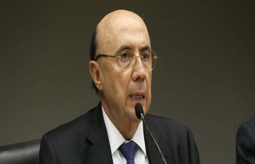 Governo quer aprovar reforma da Previdência até outubro, diz Meirelles