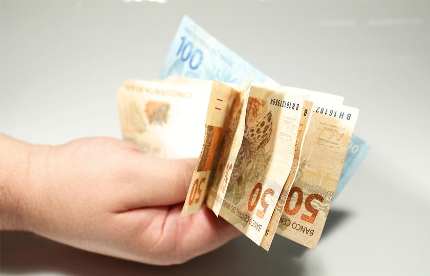 INSS começa a pagar benefícios atrasados a mais de 81 mil pessoas