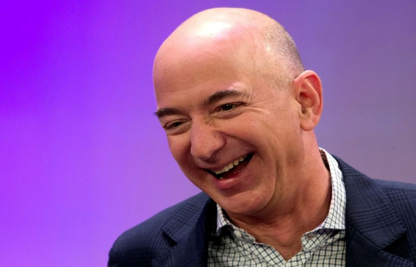 Jeff Bezos, dono da Amazon, ultrapassa Bill Gates e se torna o homem mais rico do mundo