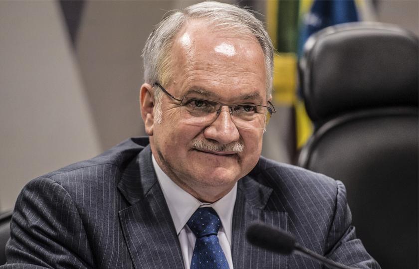 Lava Jato: PGR pede primeiras redistribuições de inquéritos da lista de Fachin