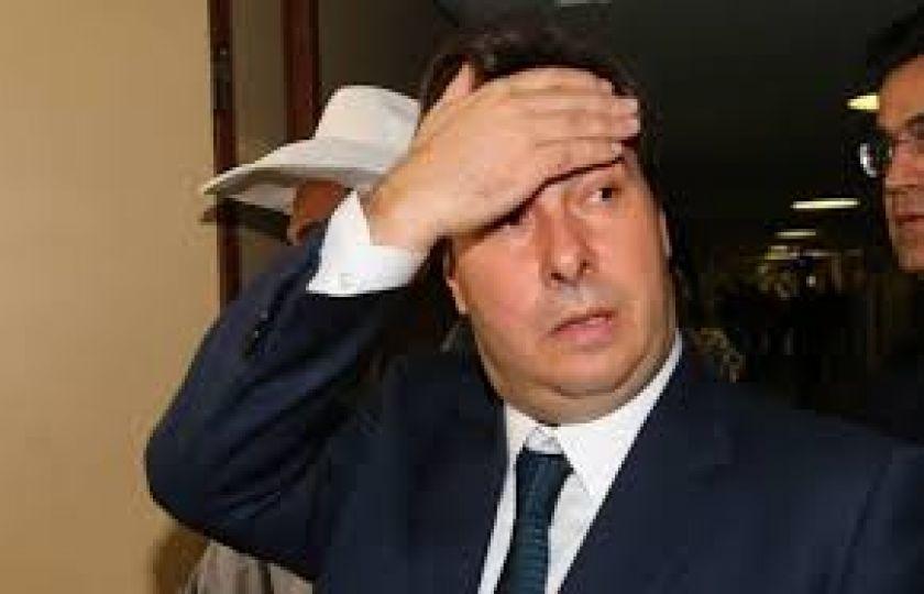 Maia marca votação de cassação de Cunha para 12 de setembro