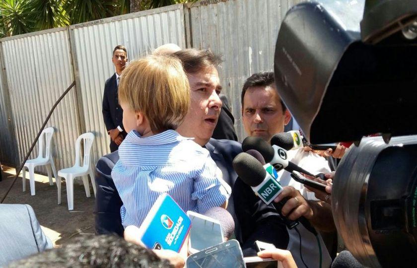 Maia quer ajuda do governo para colocar reforma da Previdência em votação até metade de outubro
