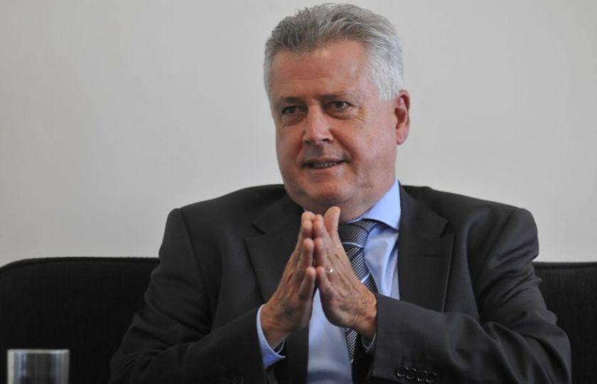 'Maior crise financeira' impediu resolver finanças do DF em tempo planejado, diz Rollemberg
