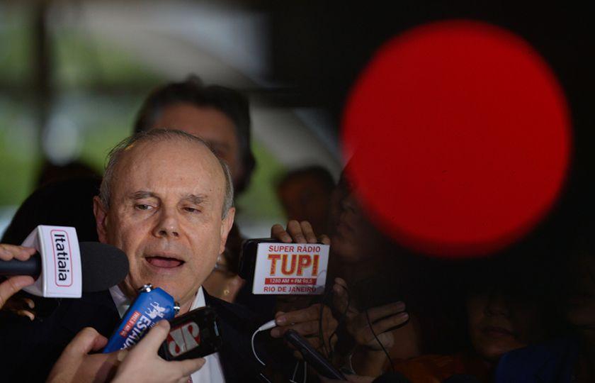 """Mantega diz que depoimento de Odebrecht ao TSE é """"peça de ficção"""""""