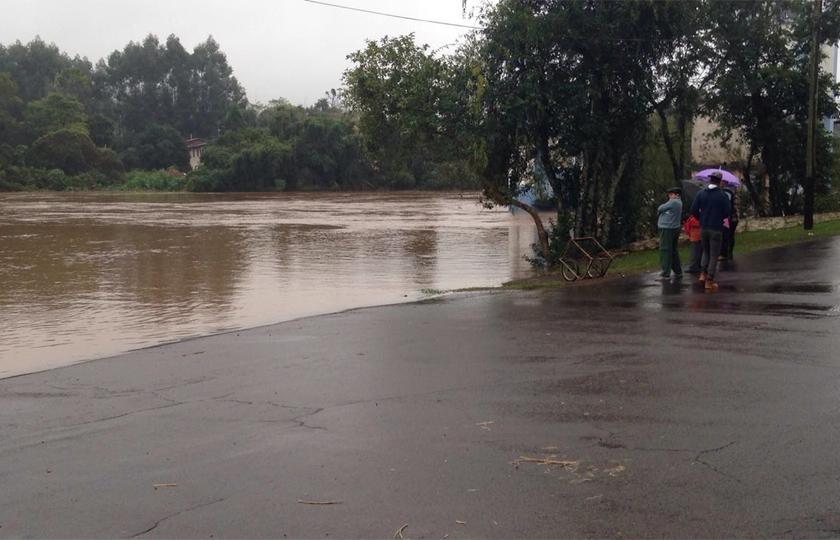 Mau tempo deixa dez cidades em estado de emergência no Rio Grande do Sul