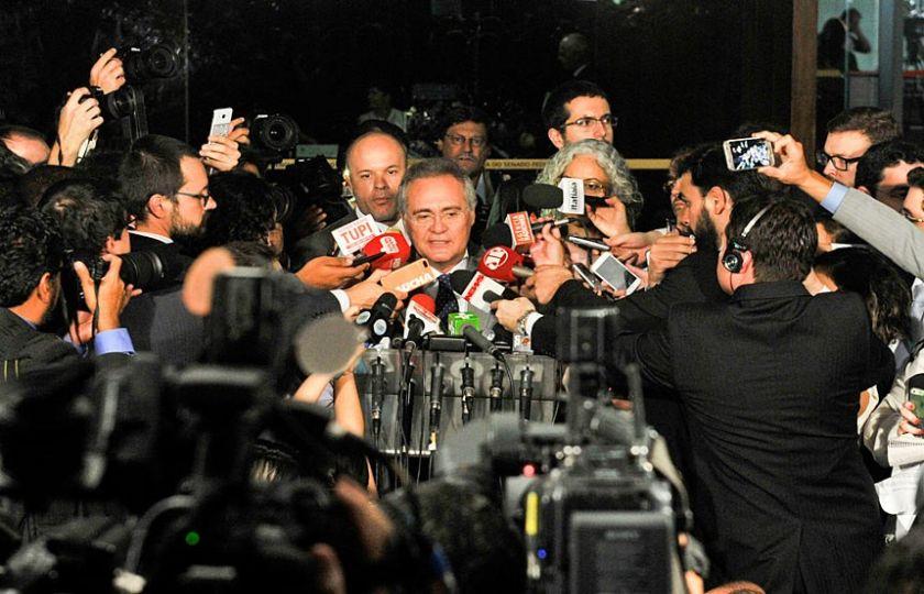 Mesa do Senado decide aguardar decisão do Plenário do STF