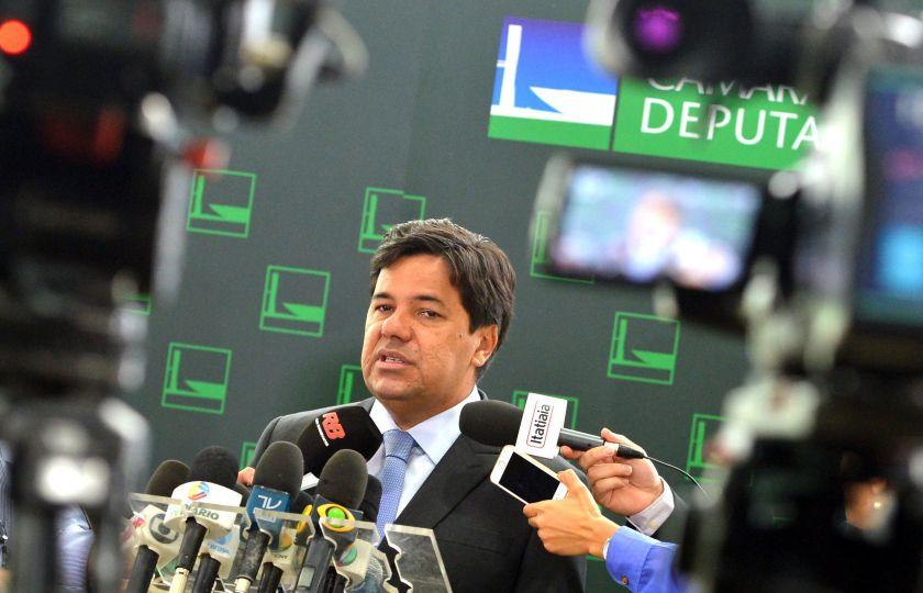 Ministro diz que reforma do ensino médio pode vir por medida provisória