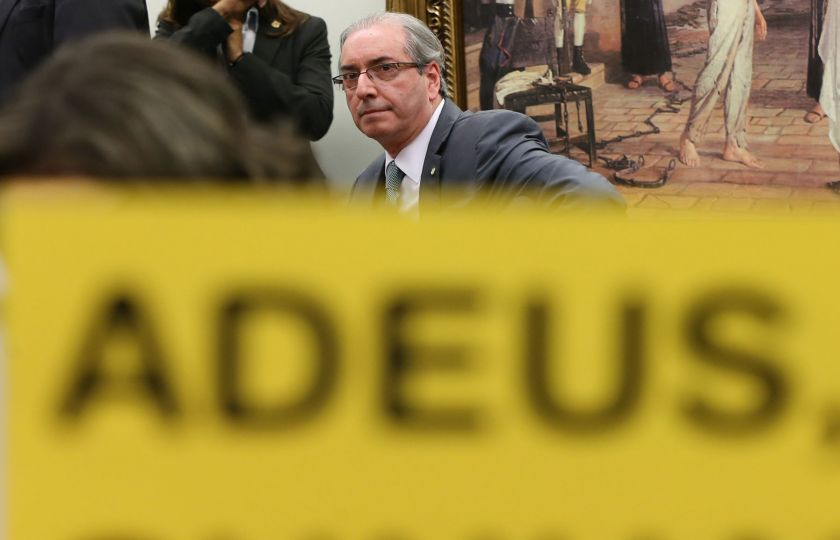 Moro condena Cunha a 15 anos de prisão por corrupção, lavagem e evasão de divisa
