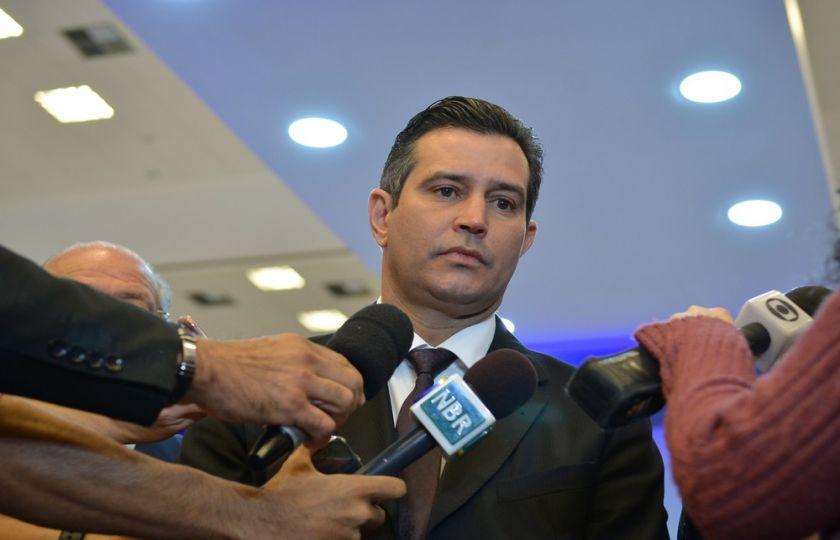 MP vai elevar de 5 para 14 anos prazo para duplicar rodovias, diz ministro