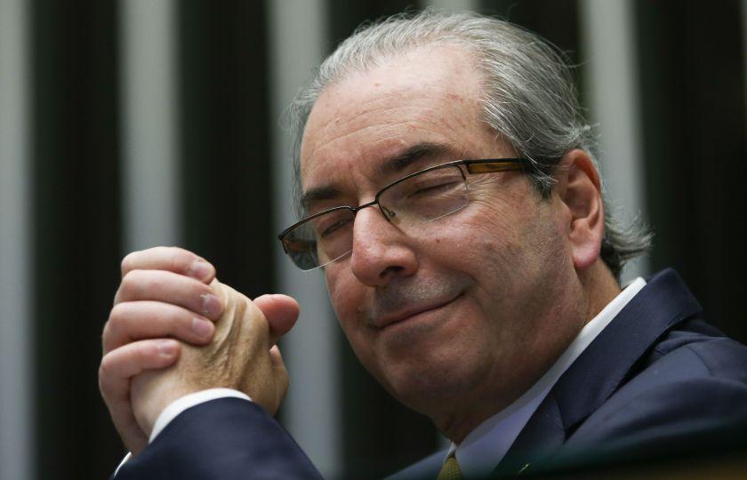 """No dia """"D"""" Cunha avisa: """"Quem julga, será julgado"""""""