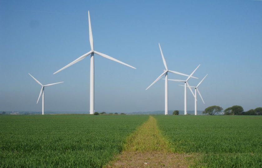 País bate recorde em capacidade de energia instalada em 2016