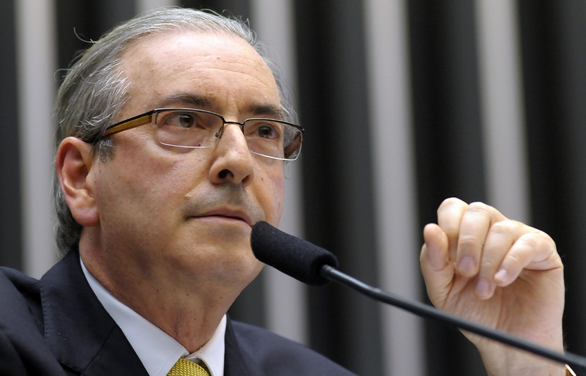 Parecer que pede a cassação de Eduardo Cunha é lido no Plenário da Câmara