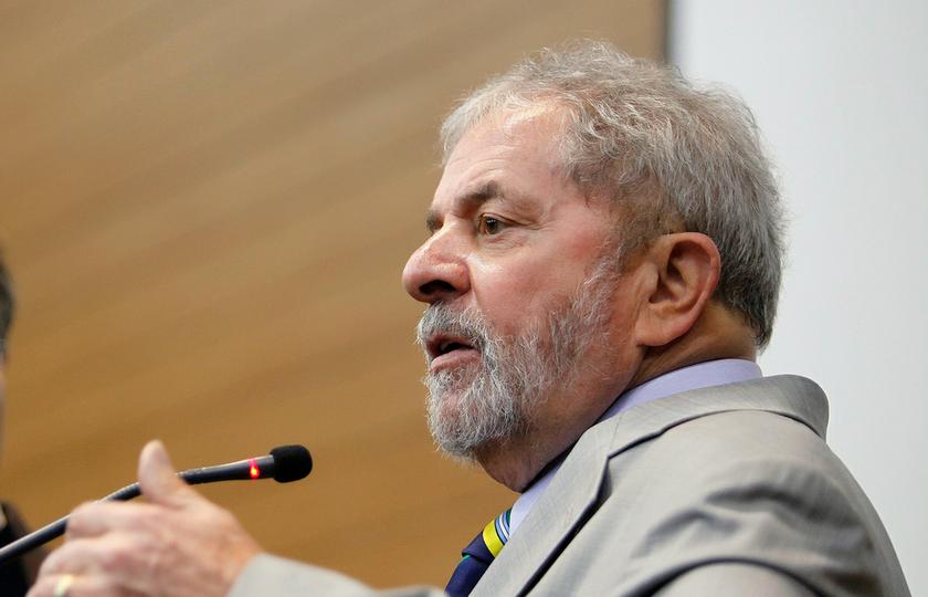 Polícia Federal indicia Lula, mulher e outros três na Lava-Jato