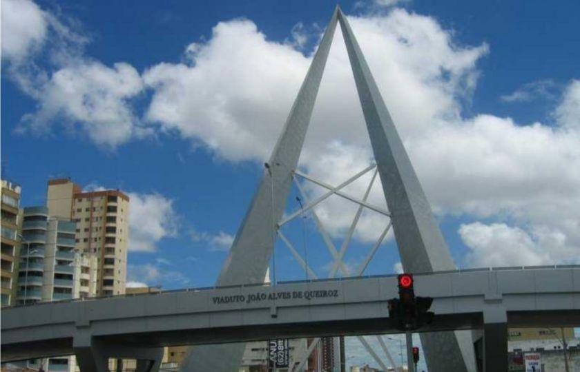 Prefeitura de Goiânia anuncia reforma dos viadutos da Avenida T-63 e da Praça do Ratinho
