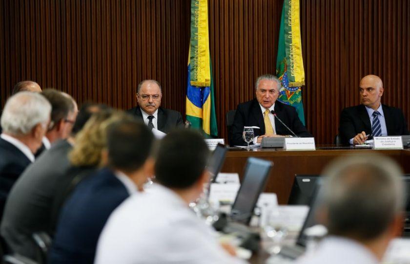 Presidente Michel Temer oferece Forças Armadas para ações em presídios nos estados