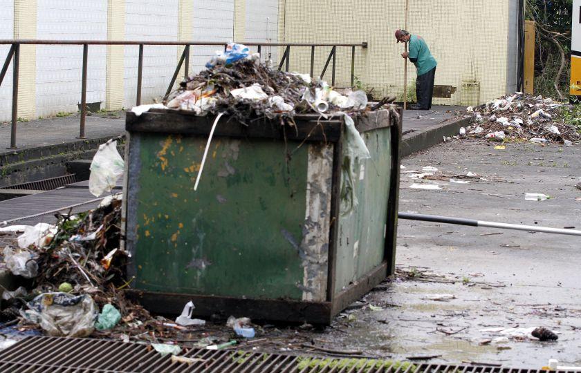 Produção de resíduos sólidos no país cresceu 1,7% em 2015