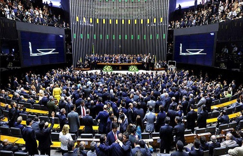 Projeto de renegociação das dívidas dos estados com a União é destaque do Plenário da Câmara