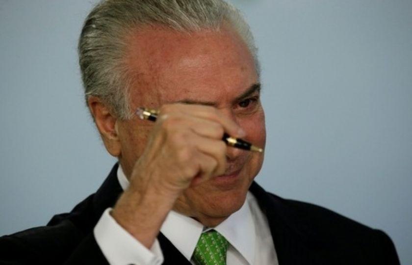 PSDB convoca plenária para decidir permanência no governo Temer