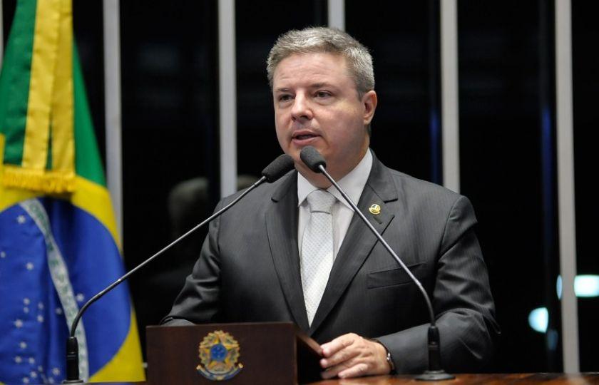 PSDB fará encontro com prefeitos eleitos, diz Anastasia