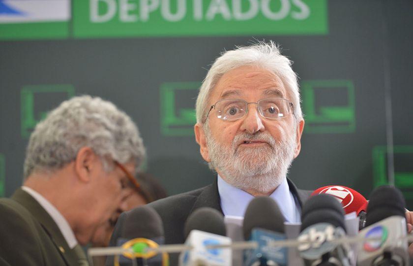 Psol pede impeachment de Temer por atuação no caso Geddel