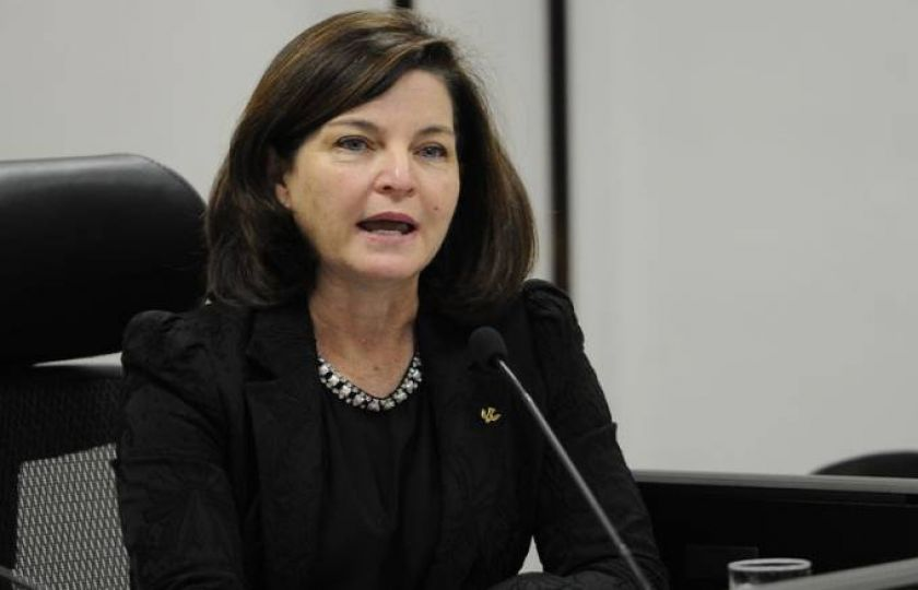 Raquel Dodge enfrenta primeiros dilemas sobre orçamento da PGR