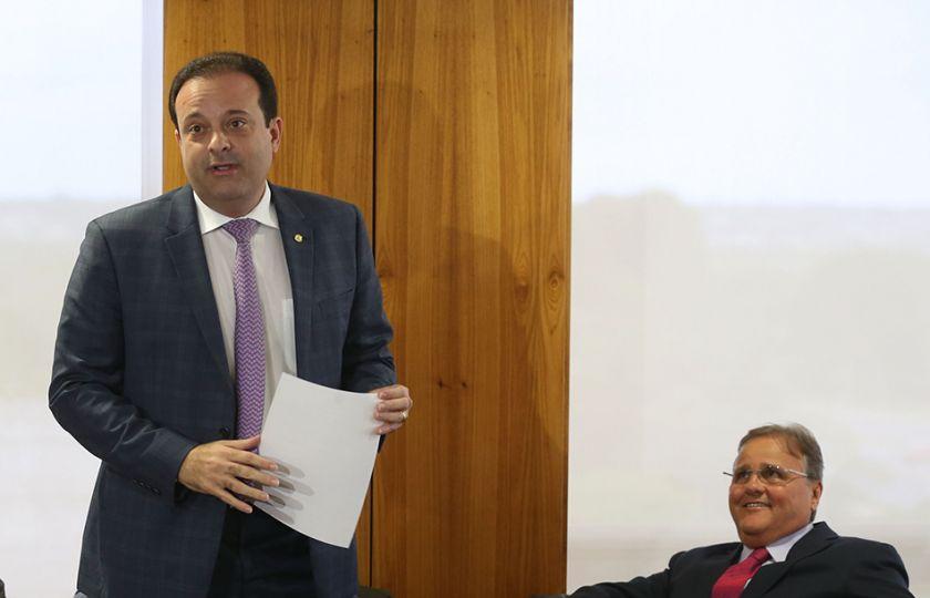 Saída de Geddel não atrapalha dinâmica de votação na Câmara, diz Moura