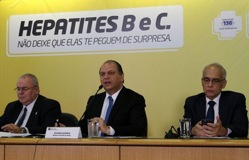 Saúde oferecerá novo tratamento contra hepatite C