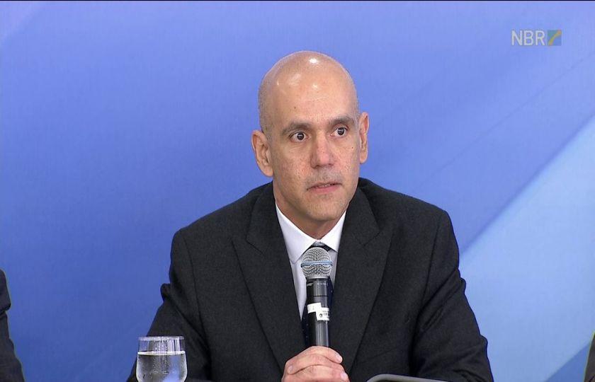 Sem reforma da Previdência, governo vai propor 'medidas mais fortes', diz secretário