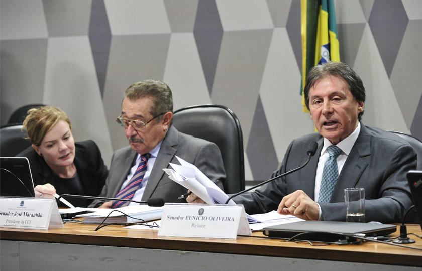Senado: reuniões conjuntas debatem a PEC dos Gastos
