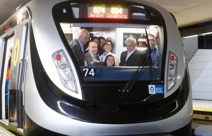 Temer inaugura linha 4 do metrô e diz que Rio 2016 promoverá unidade do país