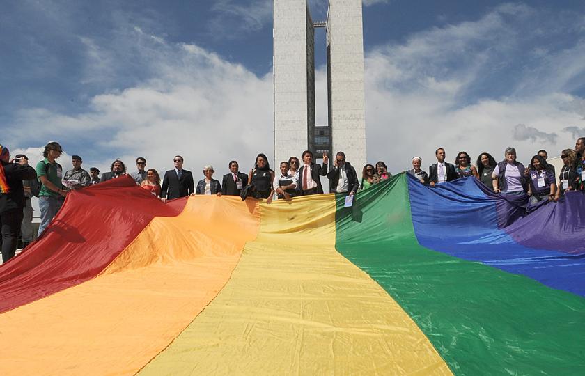 União estável entre pessoas do mesmo sexo está na pauta da CCJ